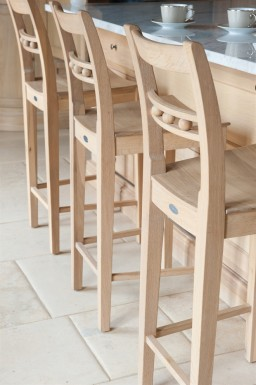 Suffolk-Oak-Bar-Stool-by-Neptune-Detail-.jpeg