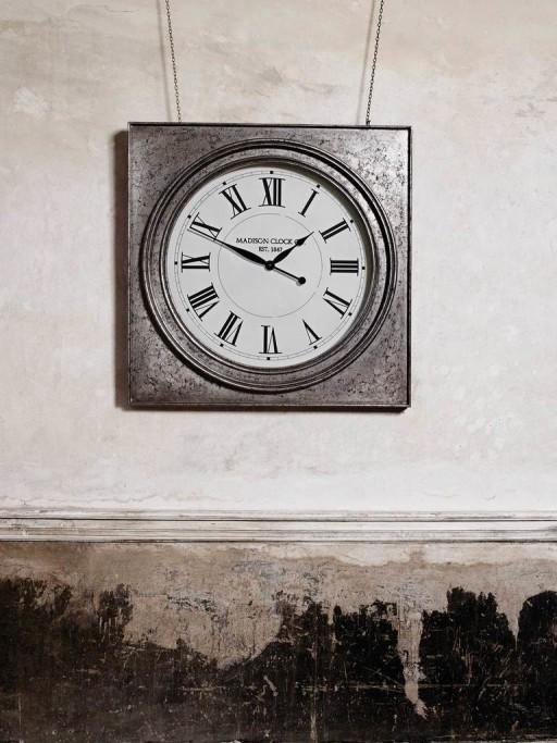 HD68 - Roza Clock 2.jpg